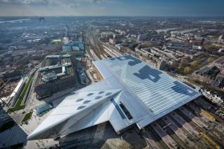 Железнодорожный вокзал Роттердама: «солнечная» станция
