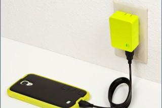 Tylt Energi 2K: удобный сетевой адаптер со встроенным аккумулятором