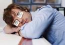На работе спит каждый шестой