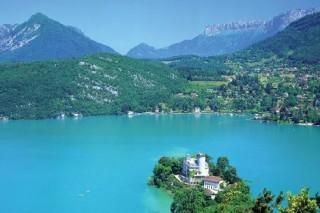 Французский разработчик будет строить новые дома в Альпах