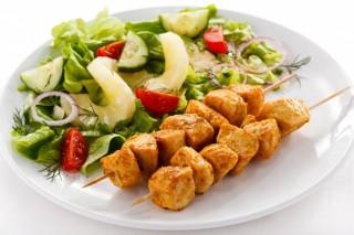 Красное мясо хуже защищает от рака, нежели мясо курицы