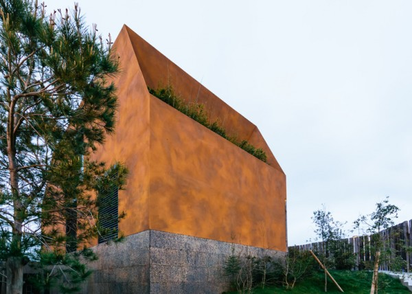 Varatojo House: шпалы в качестве фасада