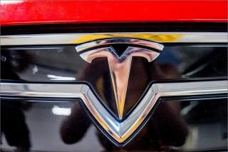 Знакомимся ближе с Tesla Model S