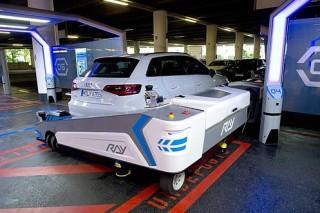 В аэропорту Дюссельдорфа автомобили будет парковать робот