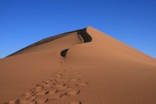 Срок службы батарейки поможет увеличить обычный песок