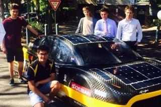 500 километров за 4,5 часа на солнечных батареях