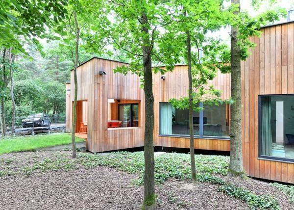 Лесной коттедж в Польше: геометрия на службе экологии