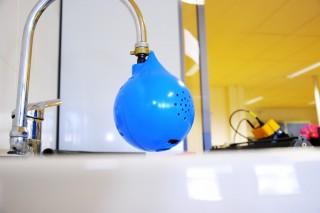 TipTapTop решит проблему незакрытых кранов в ванной