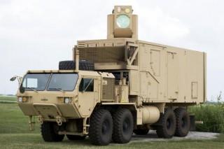В США испытали боевой первый в мире боевой лазер на литий-ионных батареях