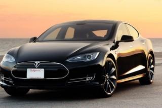 Американские автодилеры добиваются закрытия автомагазина Tesla из-за его высоких продаж