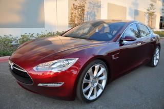 В Мичигане запретили прямые продажи электромобилей Tesla