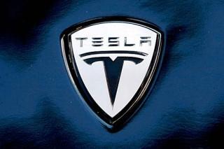 Tesla вводит новую программу перепродажи подержанных автомобилей