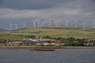 Большая часть электроэнергии в Шотландии — возобновляемая