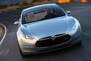 Автодилеры и дальше пытаются запретить продажи электромобилей Tesla