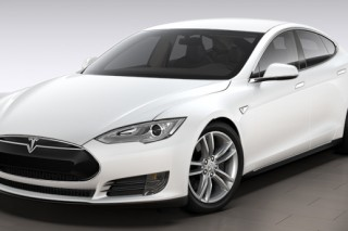 Tesla Model S посоревновалась с суперкаром Lamborghini Aventador