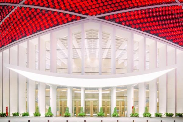 LED-световое шоу на здании китайского театра