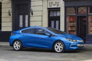 Гибридный Chevrolet Volt второго поколения дебютировал в Детройте