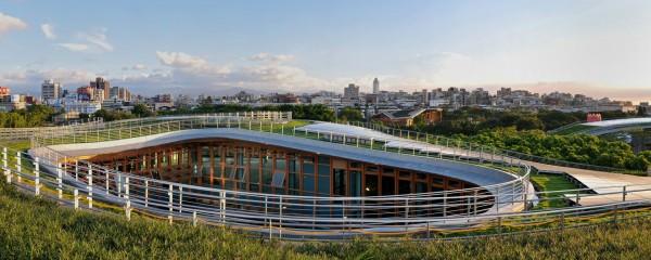 Энергоэффективные оранжереи в тайваньском парке