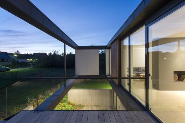 Villa R: загородный дом у леса