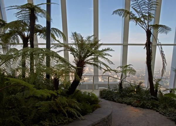 Городской парк на вершине небоскреба