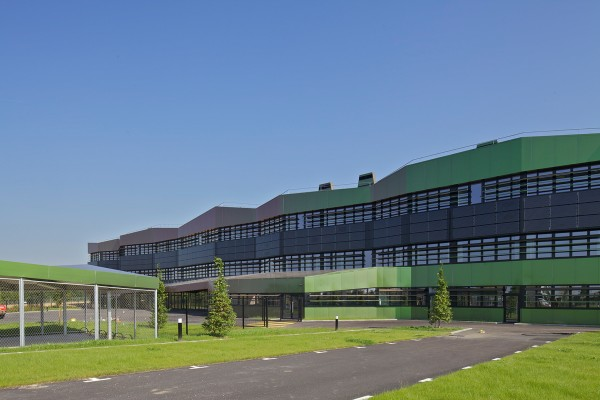 Энергоэффективная школа под Парижем