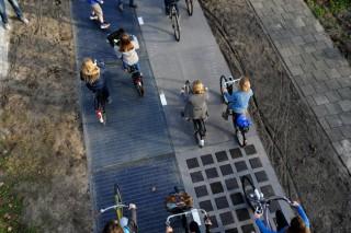 Семидесятиметровая велосипедная дорожка из солнечных панелей за полгода может обеспечить электричеством один дом на год