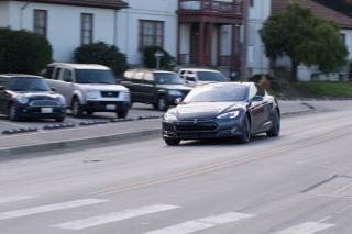 Новая Tesla Model S P85D сможет ускоряться до первой сотни всего за 2,8 секунды