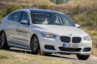 BMW разрабатывает общедоступный автомобиль на водородных топливных элементах
