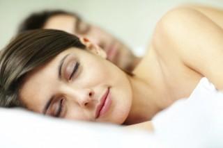 Сон без одежды благоприятен для здоровья